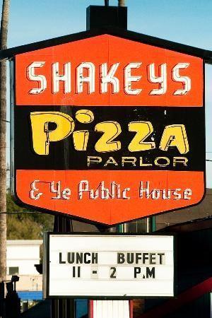 Shakeys Pizza Old School Pizza Shakeys Pizza Vintage Restaurant