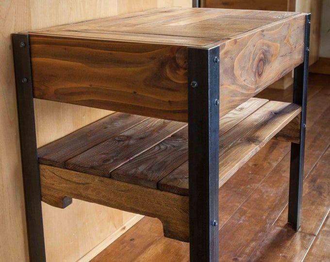 Mesa de la sala de entrada de madera de la paleta