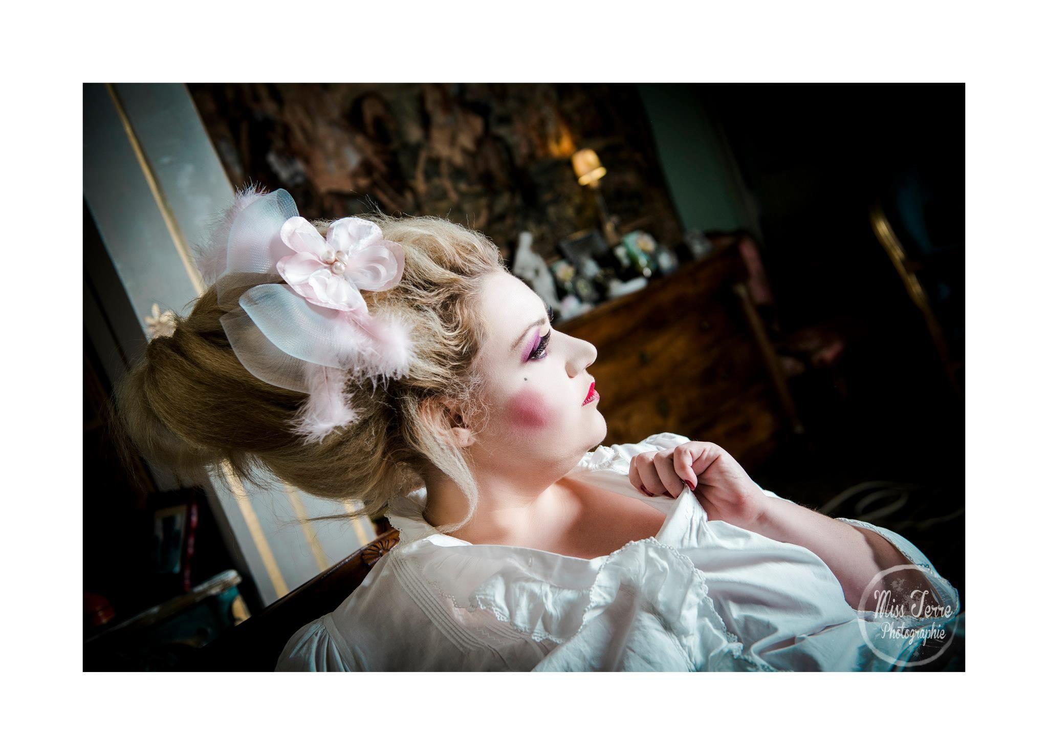 Bibi Volupté - Lady Chapearly Photographie : MissTerre Photograhie Modèle : Fraiz Ô Sucre