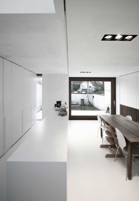 Light into kitchen/dining