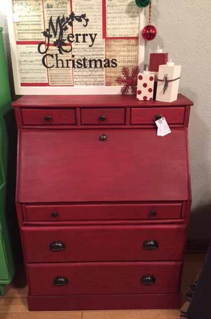 Emperor S Silk And Primer Red Chalk Paint Red Drop Leaf Desk Real Milk Paint Company Refinishing Furniture Red Chalk Paint