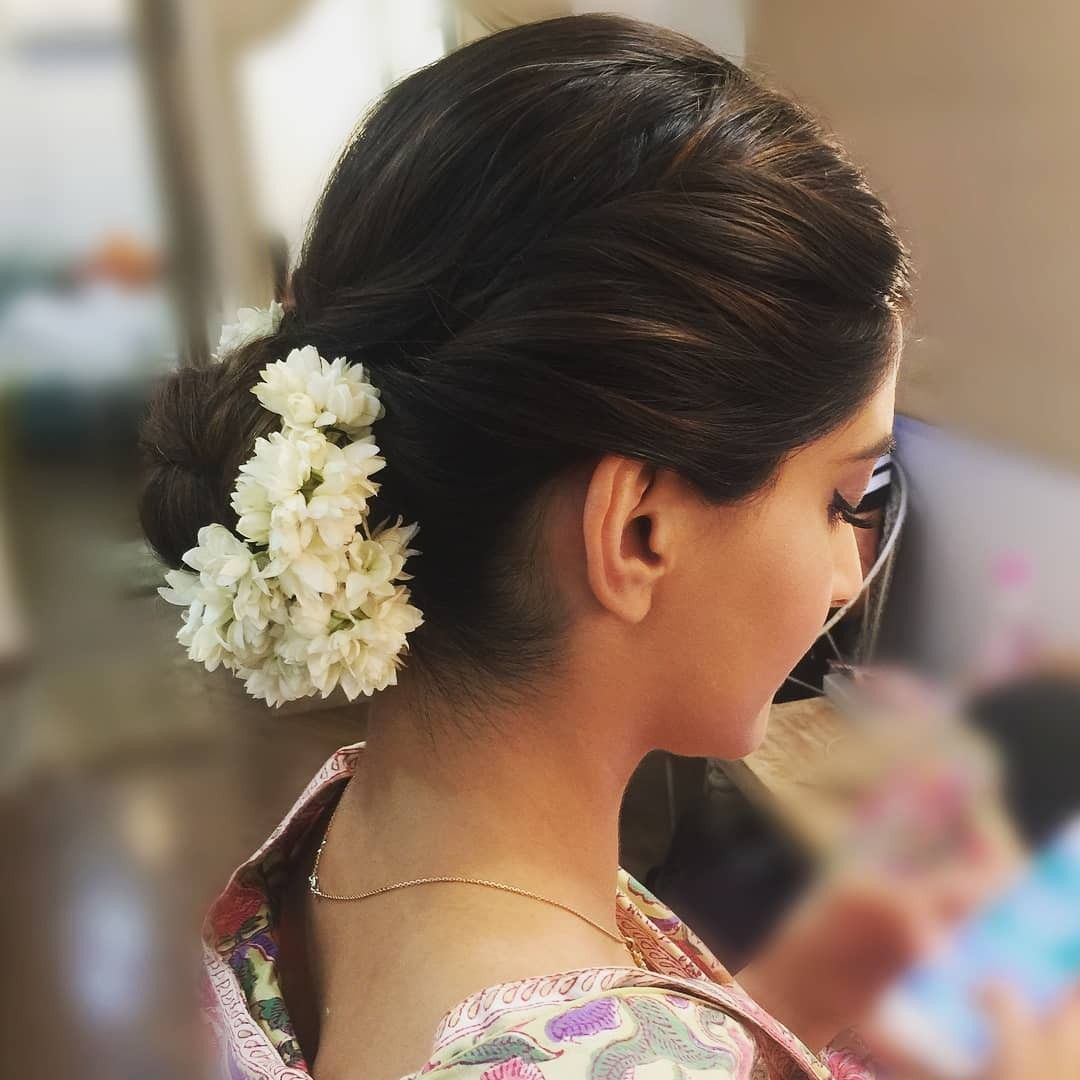 Pin By Artcollector On Jewellery Bridal Hair Buns Bridal Hair Inspiration Bridal Hair
