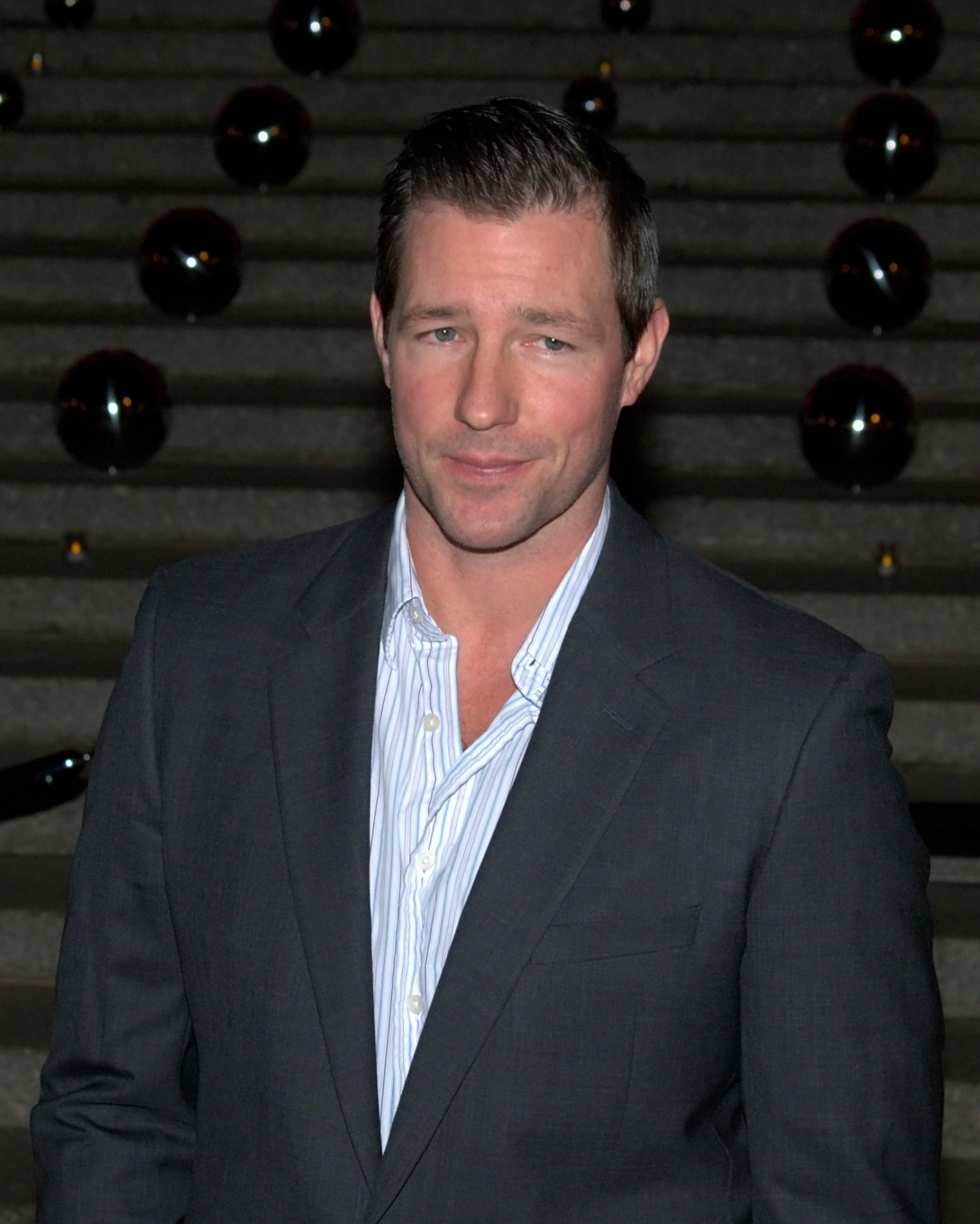 edward burns wife
