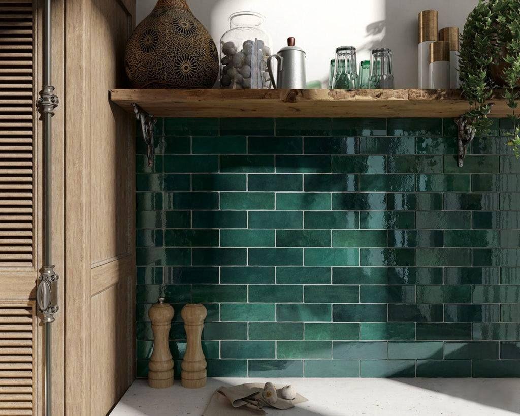 Verouderde tegels in genuanceerd groen. keuken tegels in 2018
