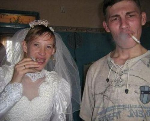 Funny Wedding Pictures More Nuptial Photo Fails Funny - Lady worst wedding guest history