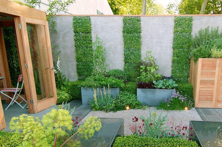 Tips For Vertical Gardening Modern Garden Veg Garden Small Gardens