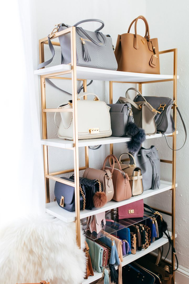 Store Bags on a Bookcase Clever Handbag