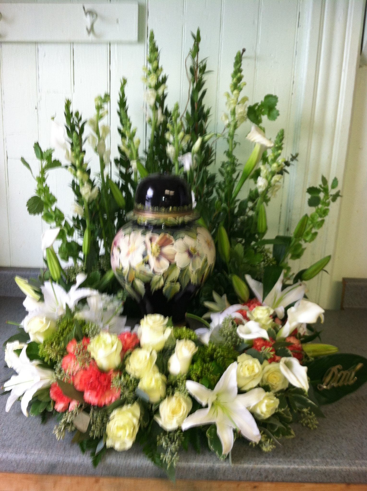 Cremation flowers Funeral flowers Pinterest