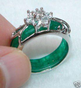 Charming Asian Hand Carvings Green Jade Rings China Mainland