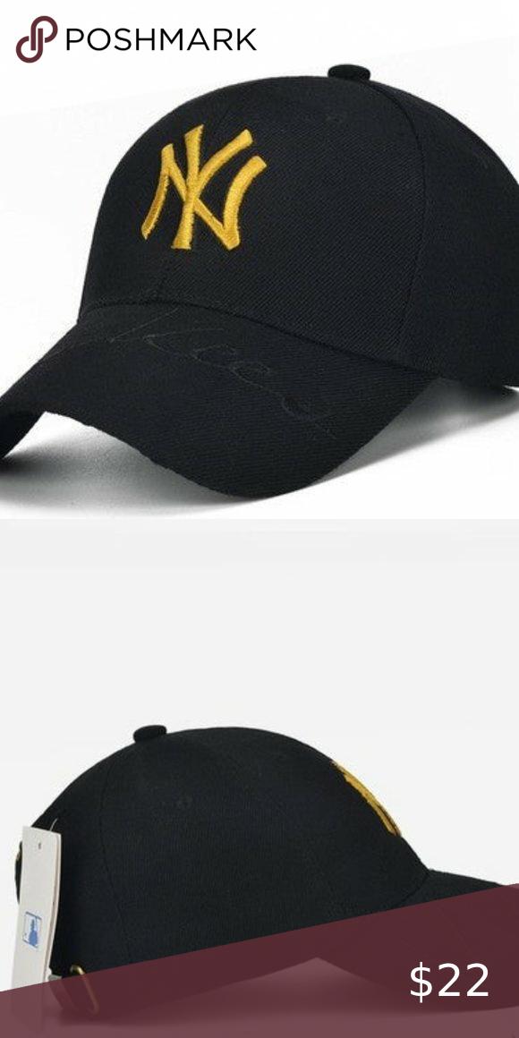 One Left Mlb Ny Yankees W Gold Ny Black Stitch In 2021 Yankees Baseball Cap Ny Yankees Red Sox Hat