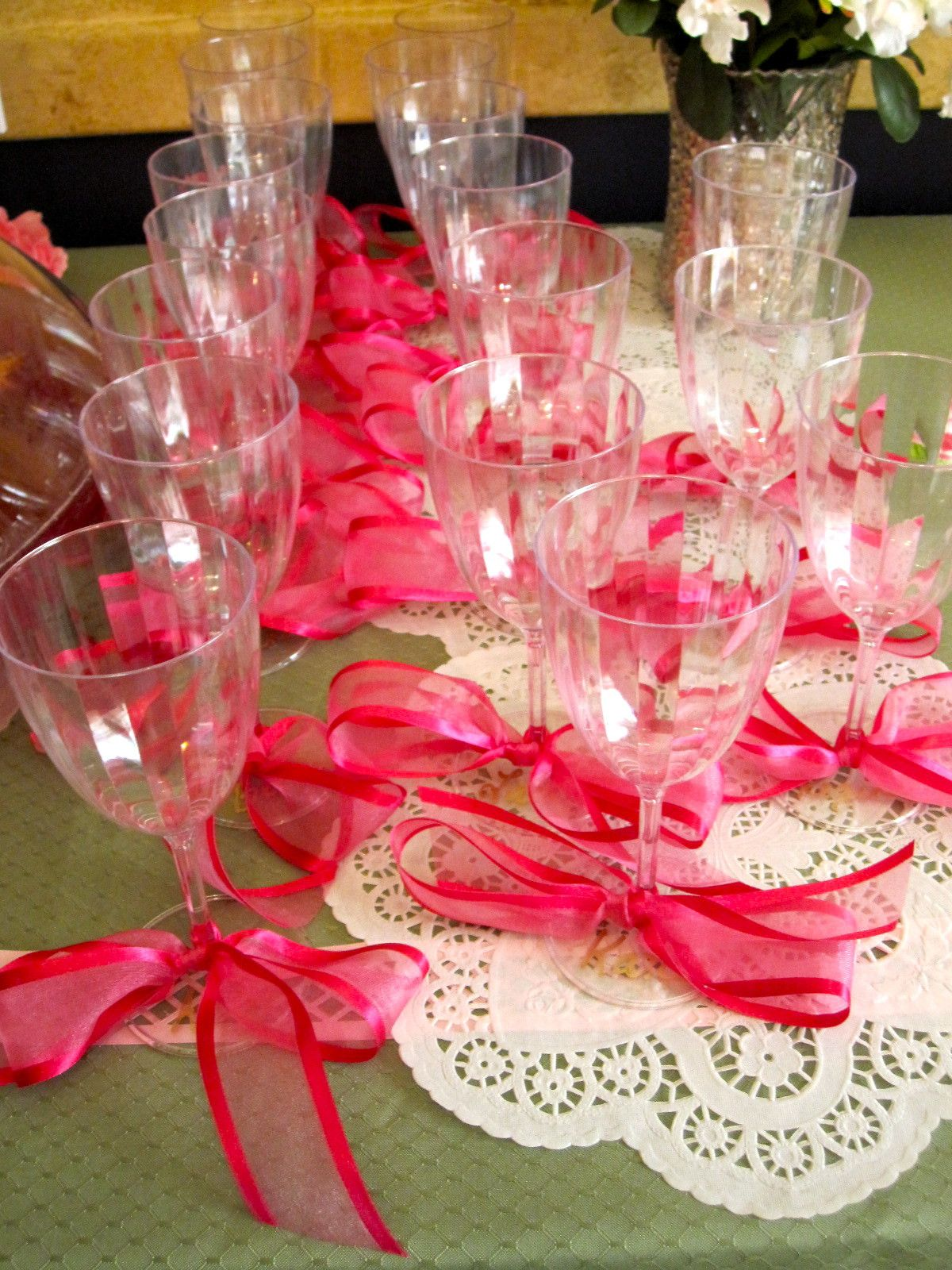 Bridal shower drink cups with bows. | My Bridal Shower | Pinterest ...
