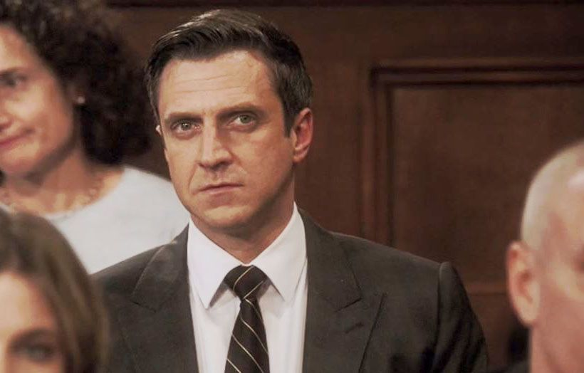 Raul Esparza Sitting In The Audience In The Courtroom In 18x15 Know It All Raul Esparza Rafael Barba Law And Order Svu