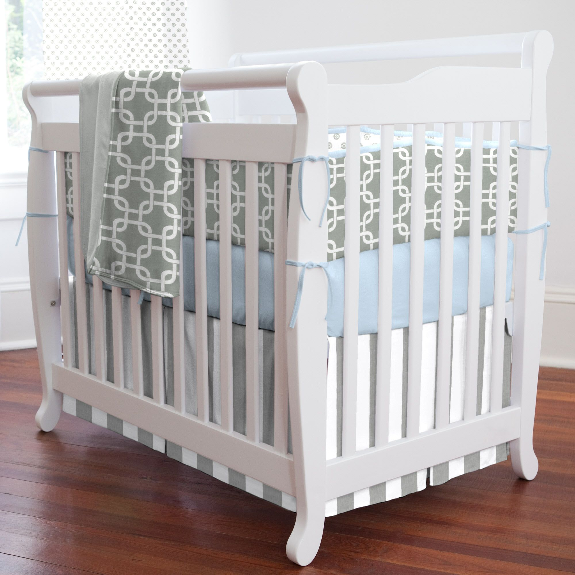 Gray Geometric Portable Crib Bedding for Your Baby's ...