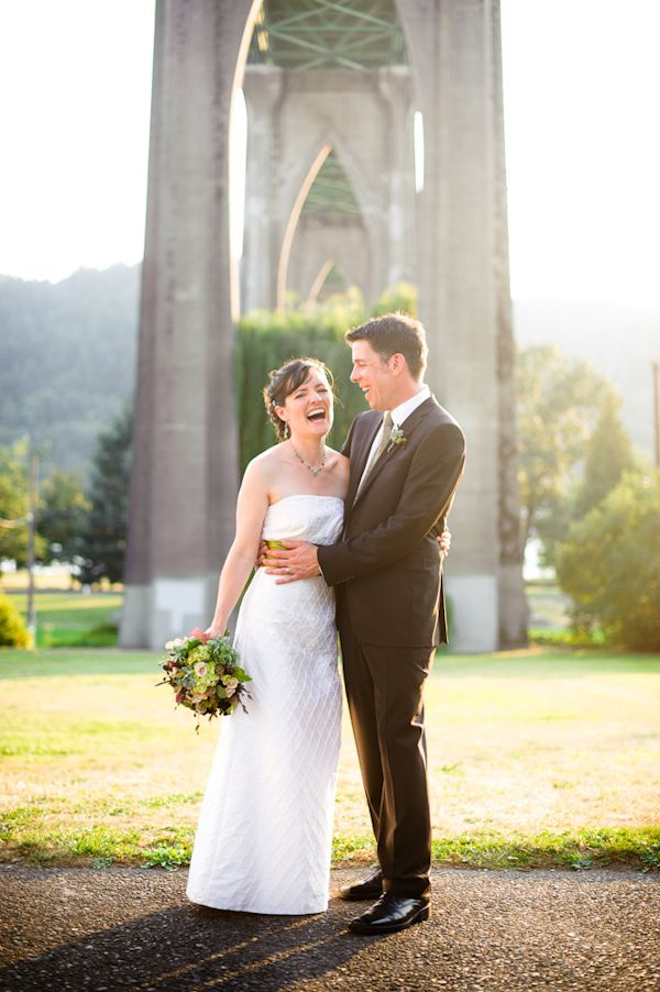Outdoor Fall Wedding Cathedral Park Portland Or Photos By Top Photographer Aaron Courter