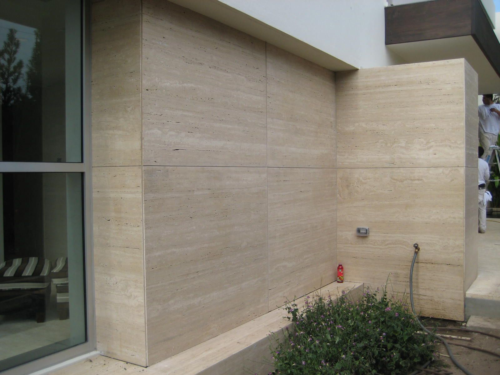 Exterior cladding novana travertine marble modern for Exterior stone wall house design