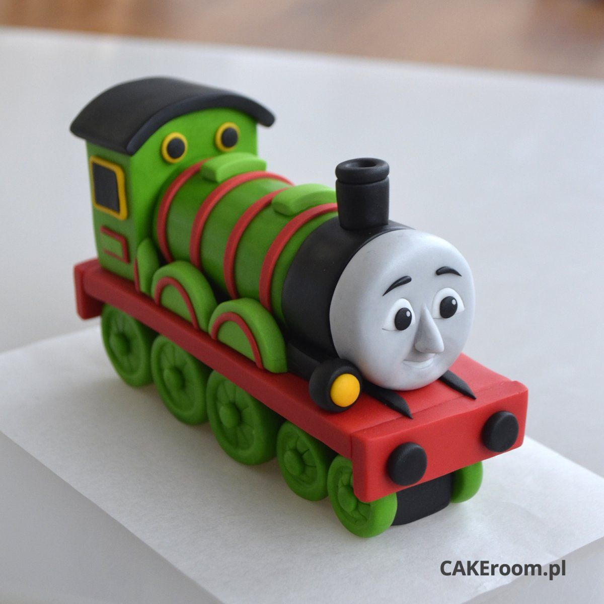 Thomas The Tank Topper Cakeroom Pl A Meeting Place For Decorators Cakes
