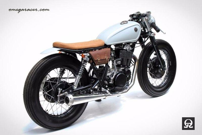 5bb94da4d725 Custom made leather side bag for all Yamaha SR400  SR500 - See more at