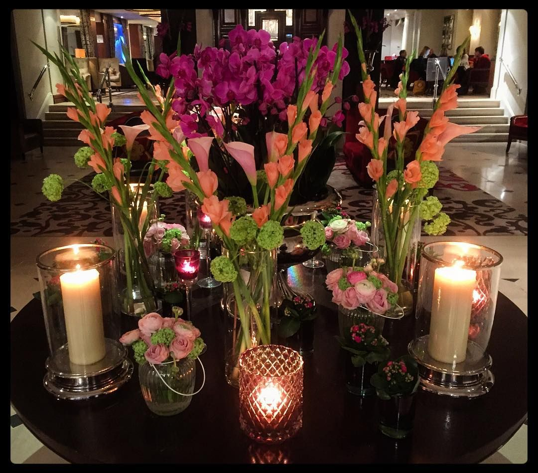 rather pretty flowers and candles from a couple of weeks ago when I was staying the Royal Horseguards hotel in London  #royalhorseguards #westminster #london #hotel #flowers #candles #lilies #orchids #roses #wanderlust #life #love #luxury #work #travel #art #design #interior #pretty #beau #chic #amo #amor #paleo #vegan #glutenfree #healthy #fit #fitfam #england  by pedrogallinamadera