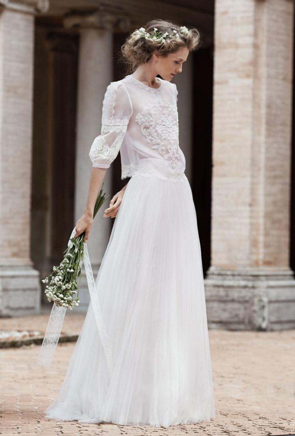 Albertaferrettinemesi saty pinterest wedding dresses