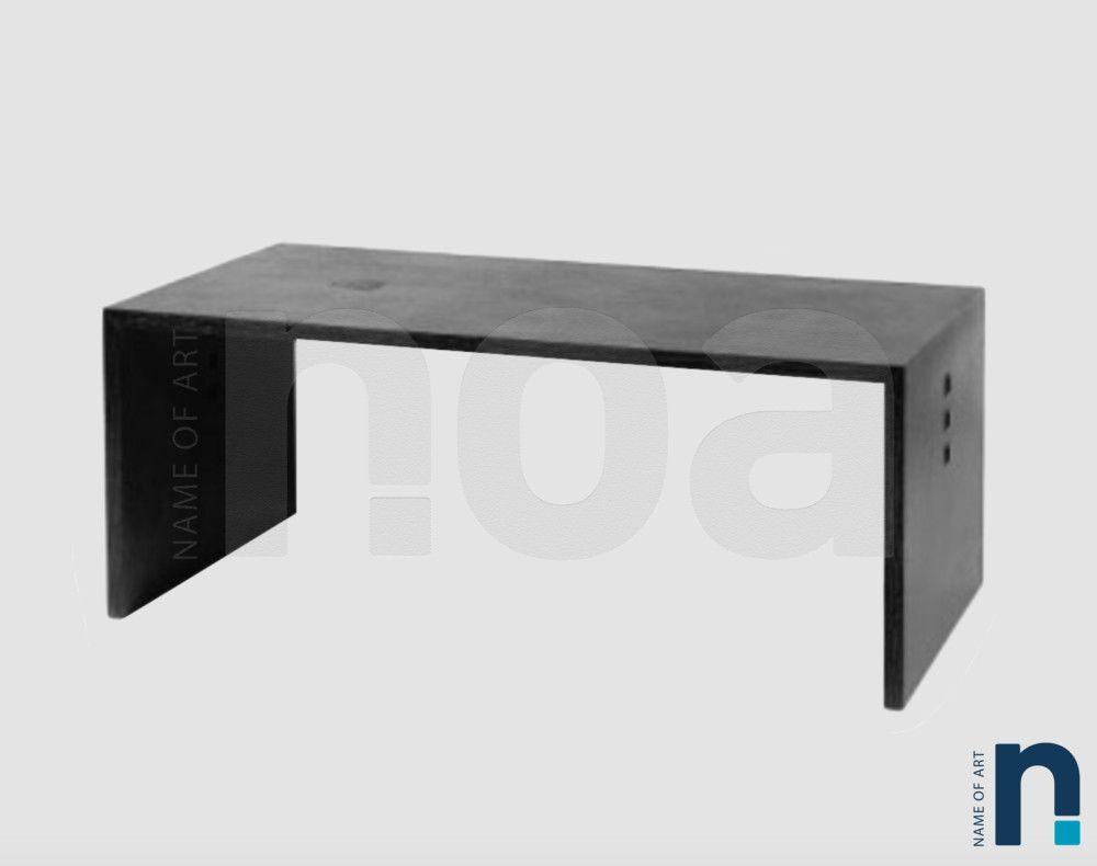 Table ou bureau en bois noirci de jean michel wilmotte tables