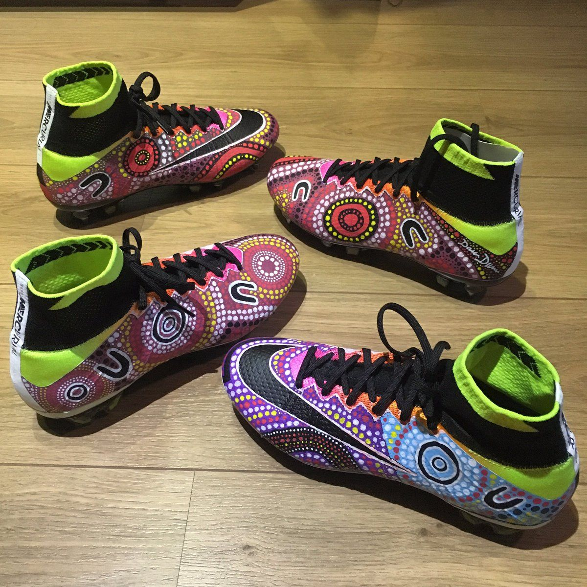 The Nike Mercurial Superfly boots of indigenous Australian player Kyah  Simon boast an outstanding Aboriginal-art inspired design. 48c31cb2ebf