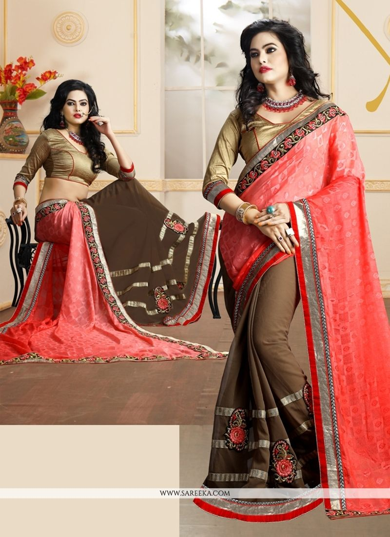 Saree for freshers party in college demure patch border work designer saree  saris de diseñador Ángel