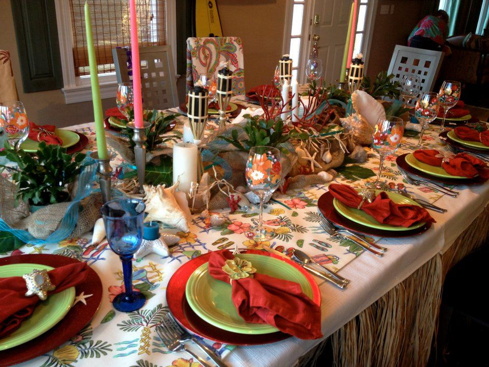 Hawaiian Christmas Party Ideas Part - 16: Hawaiian Christmas Table Decor!