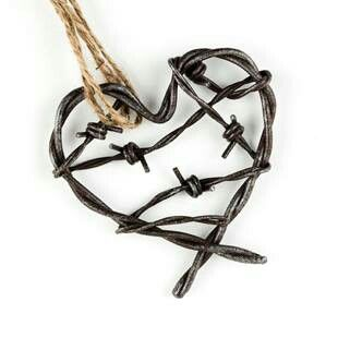 Nice design for a barb wire heart