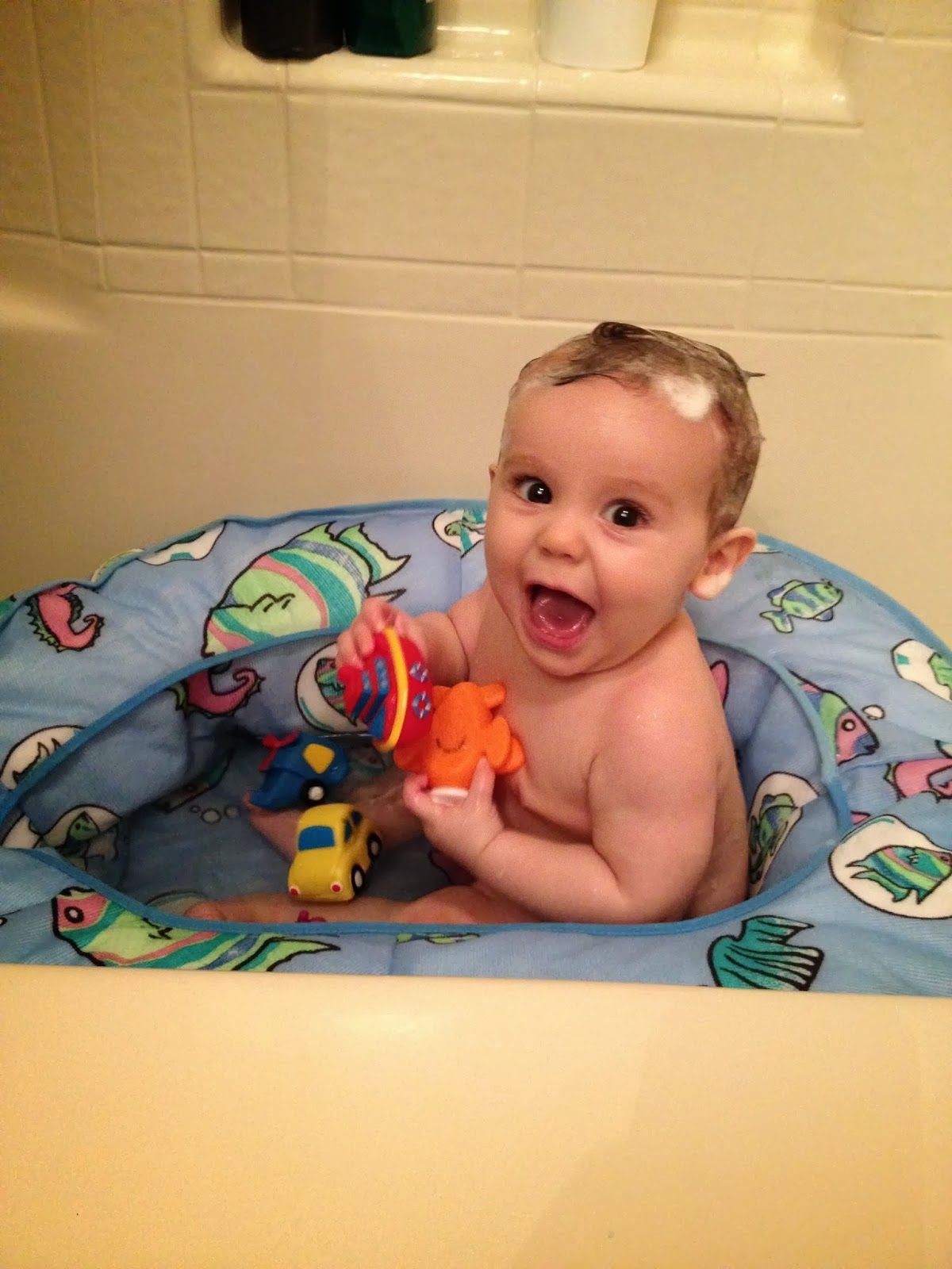 7 Month Must Haves - the best baby bath tub you can own. Easy to ...