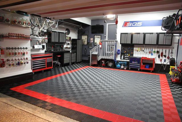 Garage Design Forum: Rick's SQ5 In Estoril Blue & Garage