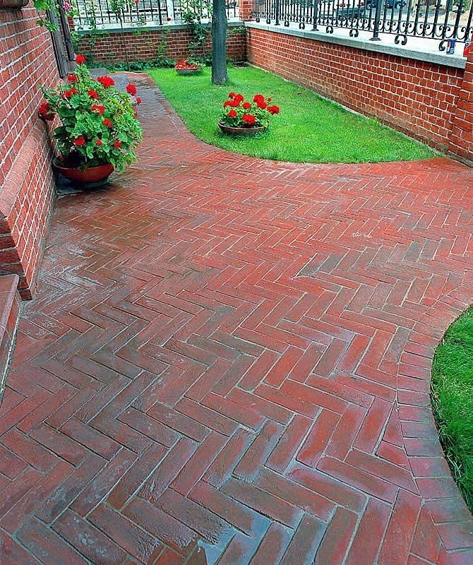 Depiction Of How To Calculate Brick Pavers For A Patio?