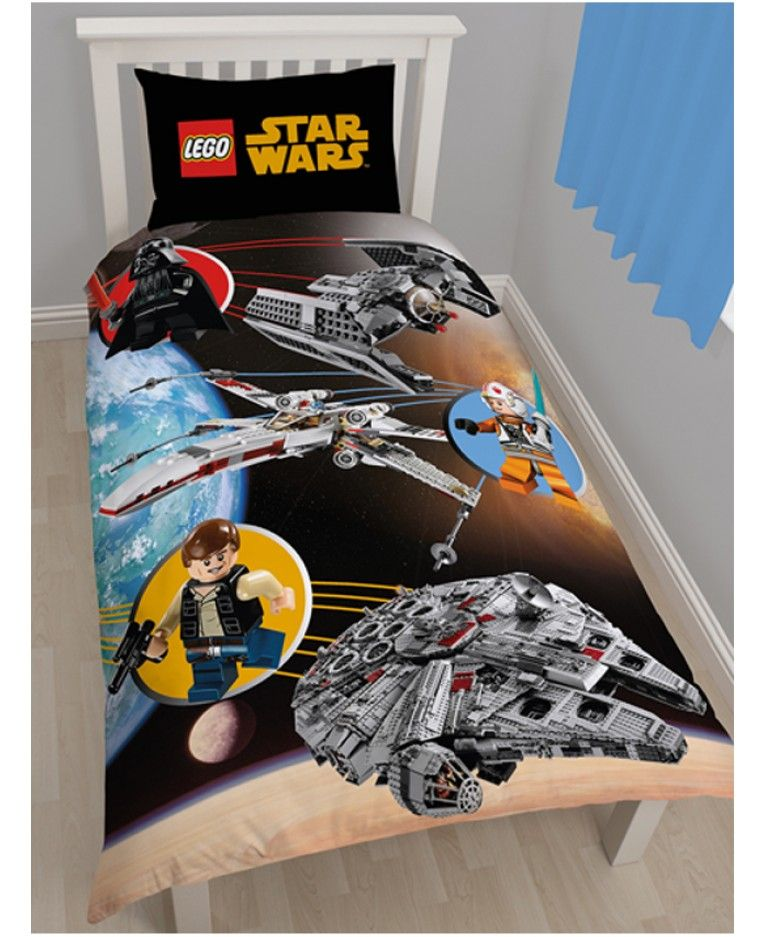 This Awesome Lego Star Wars Bedding Set Is A Must For Lego Star Wars Fans The Reverse Of The Duvet Cover Also Has A Classic Blue Lego Bri Star Wars Bedroom