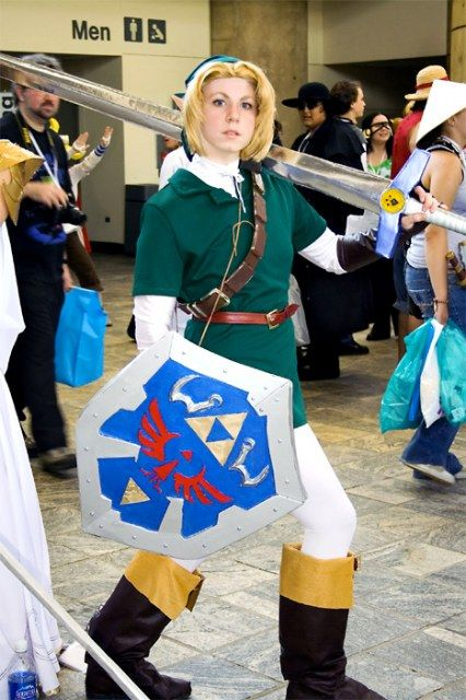 Link costume.  I think this girl is so awesome and I don't even know who she is!