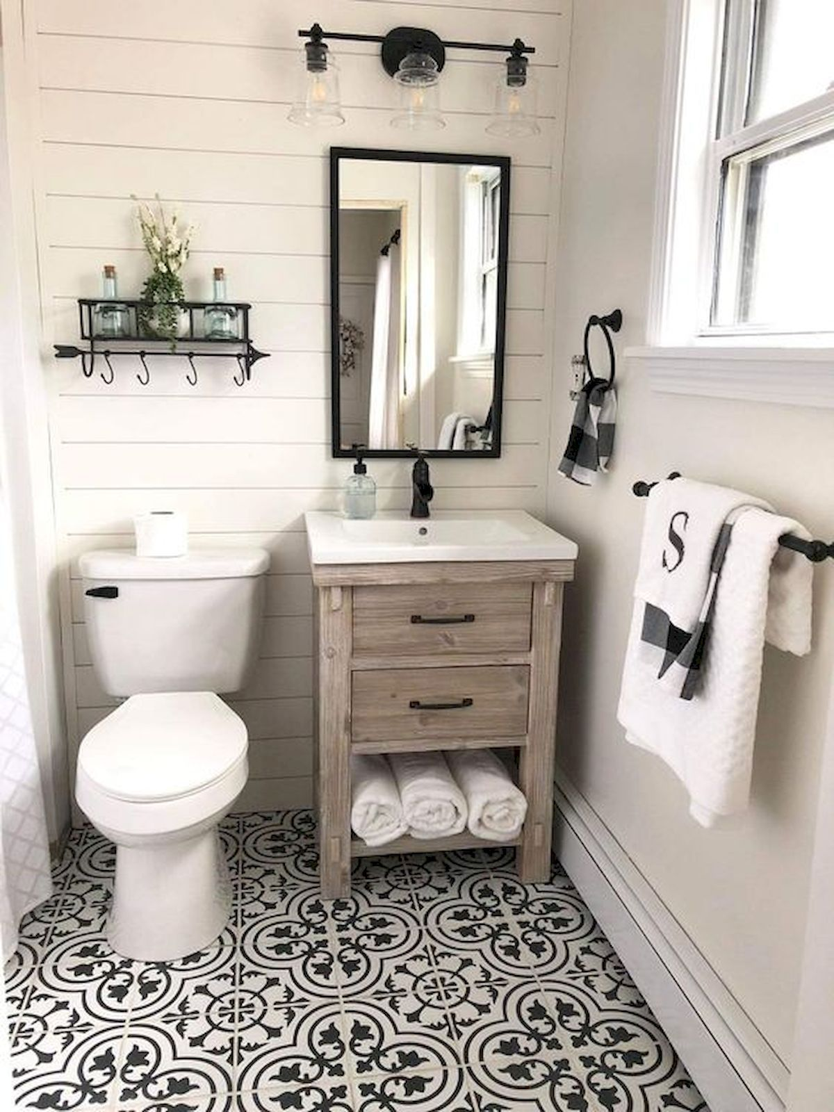 50 Awesome Wall Decoration Ideas For Bathroom Bathroom Farmhouse Style Small Farmhouse Bathroom Small Bathroom