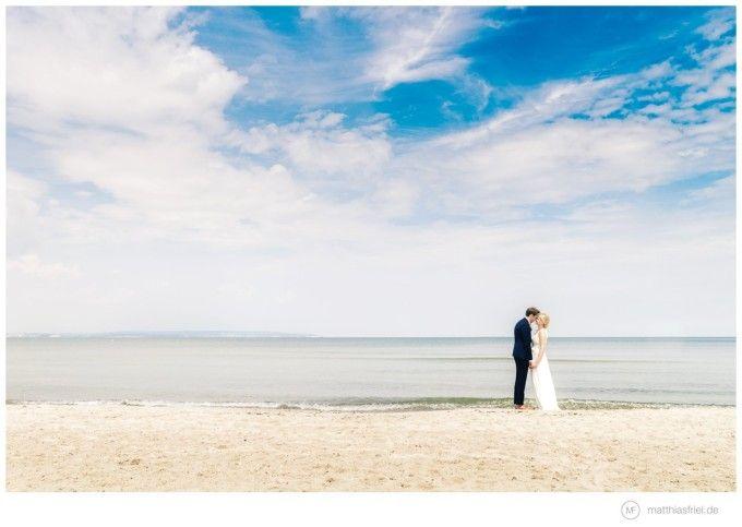 romantic beach wedding at the German Baltic Sea. photos by:  Matthias Friel (www.matthiasfriel.de)