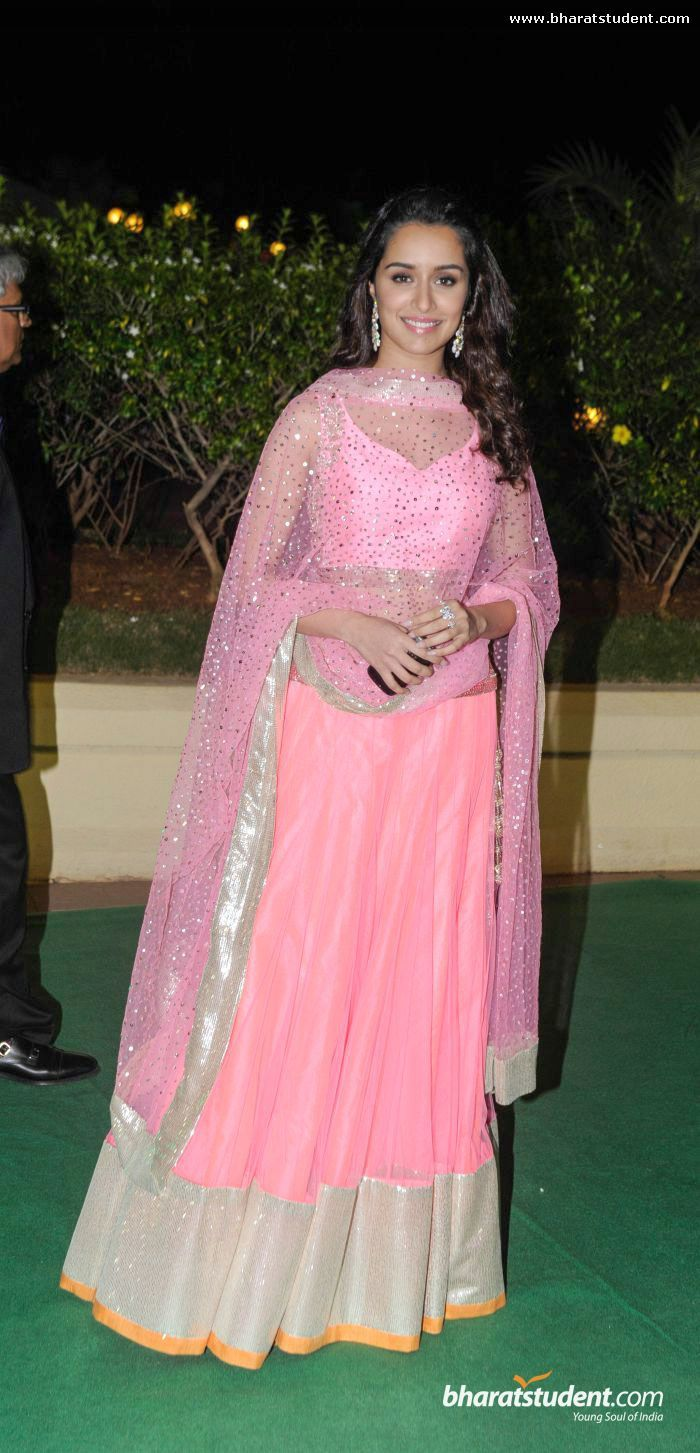 Hindi Events Shraddha Kapoor Photo gallery | saadia | Pinterest