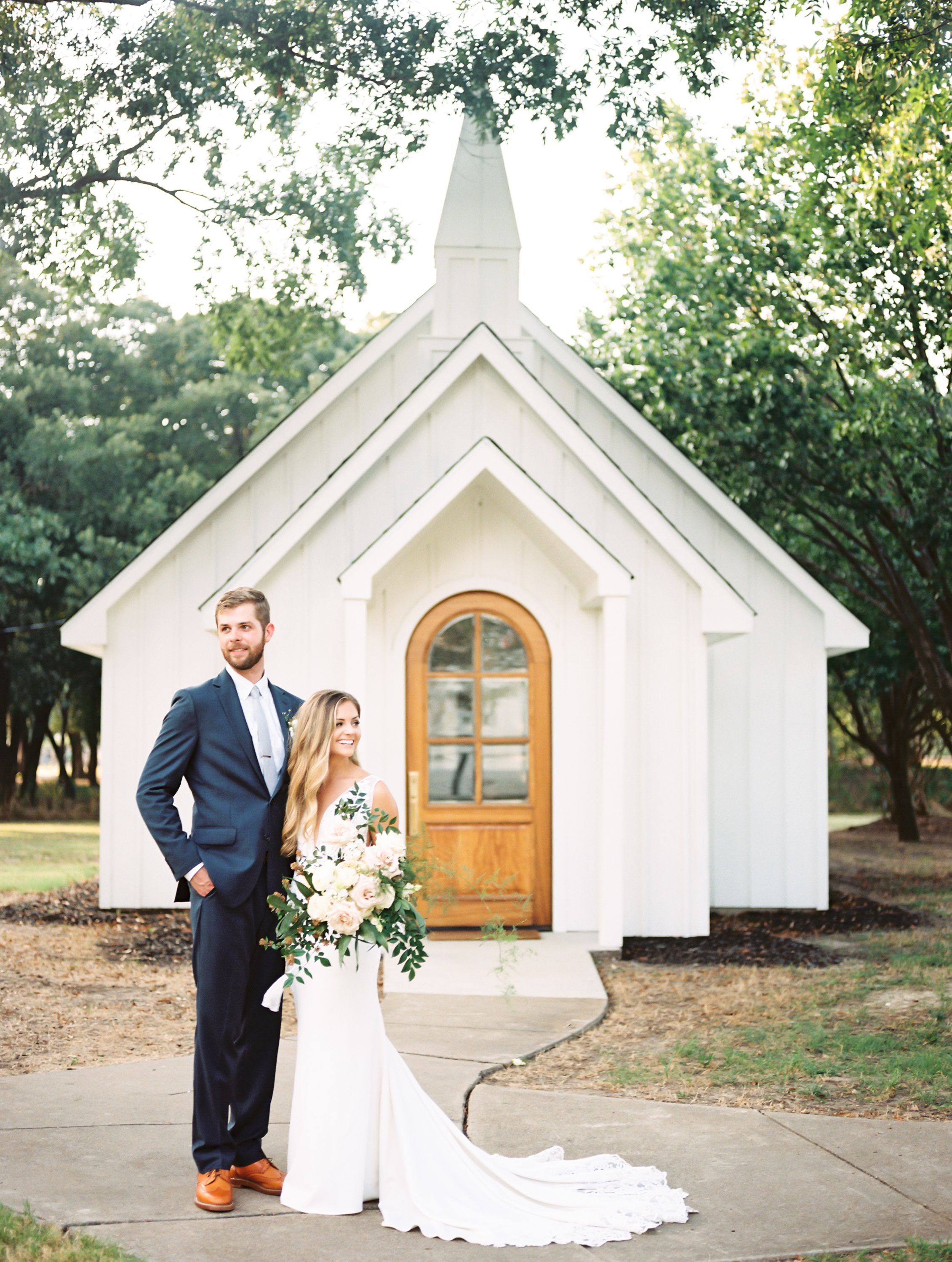 This Wedding Chapel In Texas Pairs Contemporary Design And Southern Tradition Dallas Wedding Venues Chapel Wedding Smallest Wedding Venue,What Is Chicken Subgum Chow Mein