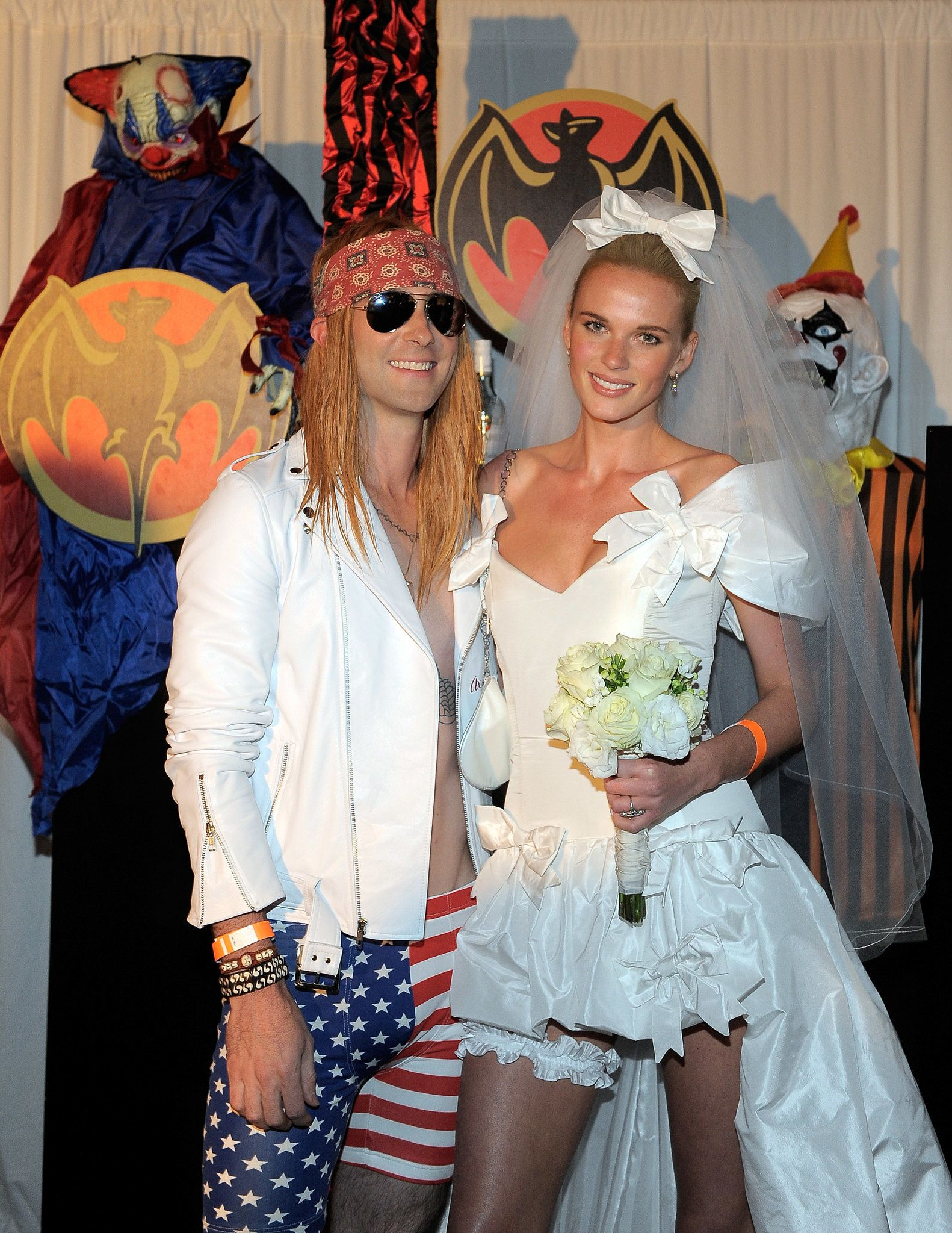 Adam Levine And Anne V As Axl Rose And Stephanie Seymour From November Rain Celebrity Halloween Costumes Celebrity Couple Costumes Celebrity Costumes
