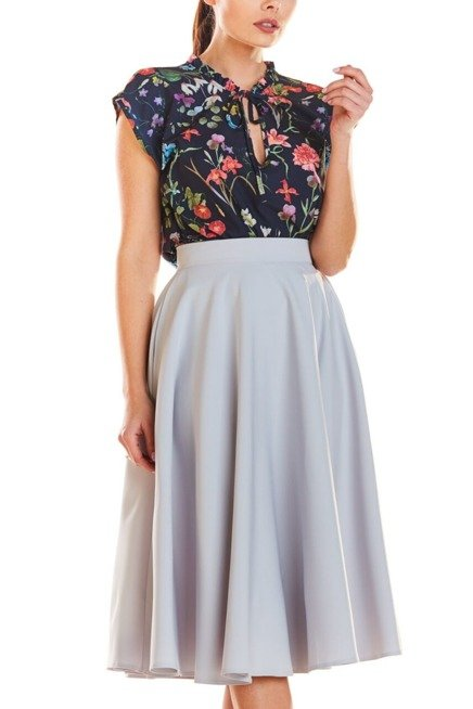Mocno Rozkloszowana Spodnica Midi Z Kieszeniami Sukienki Shop High Waisted Skirt Skirts High Waisted