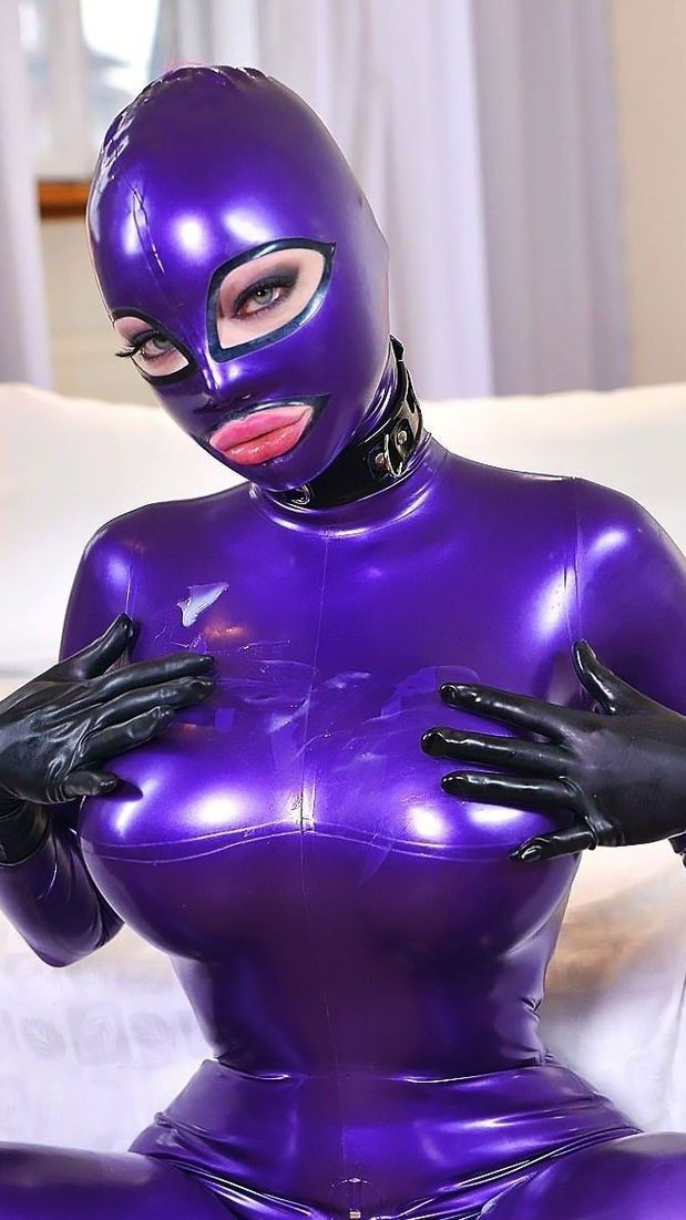 Latex lucy doll
