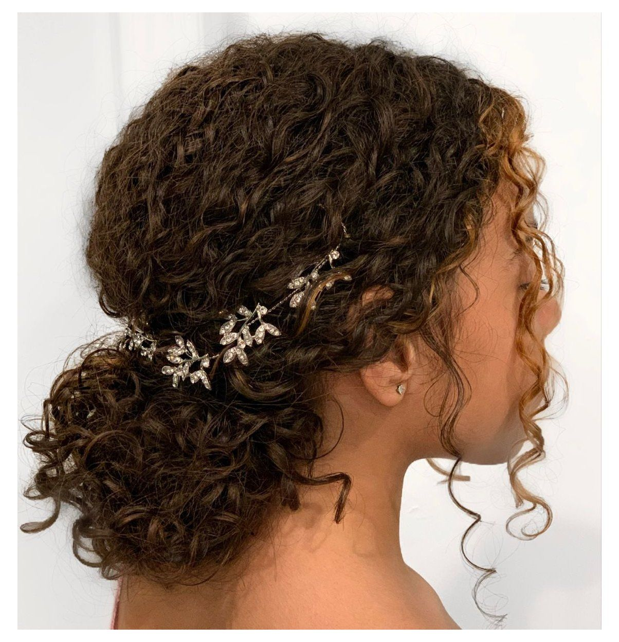 prom hairstyles for curly hair - MyFashionGoals