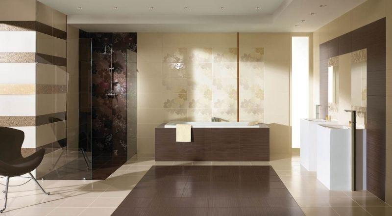 Charmant Modernes Bad In Beige Und Braun   Dekorfliesen Mit Blumenmotiv
