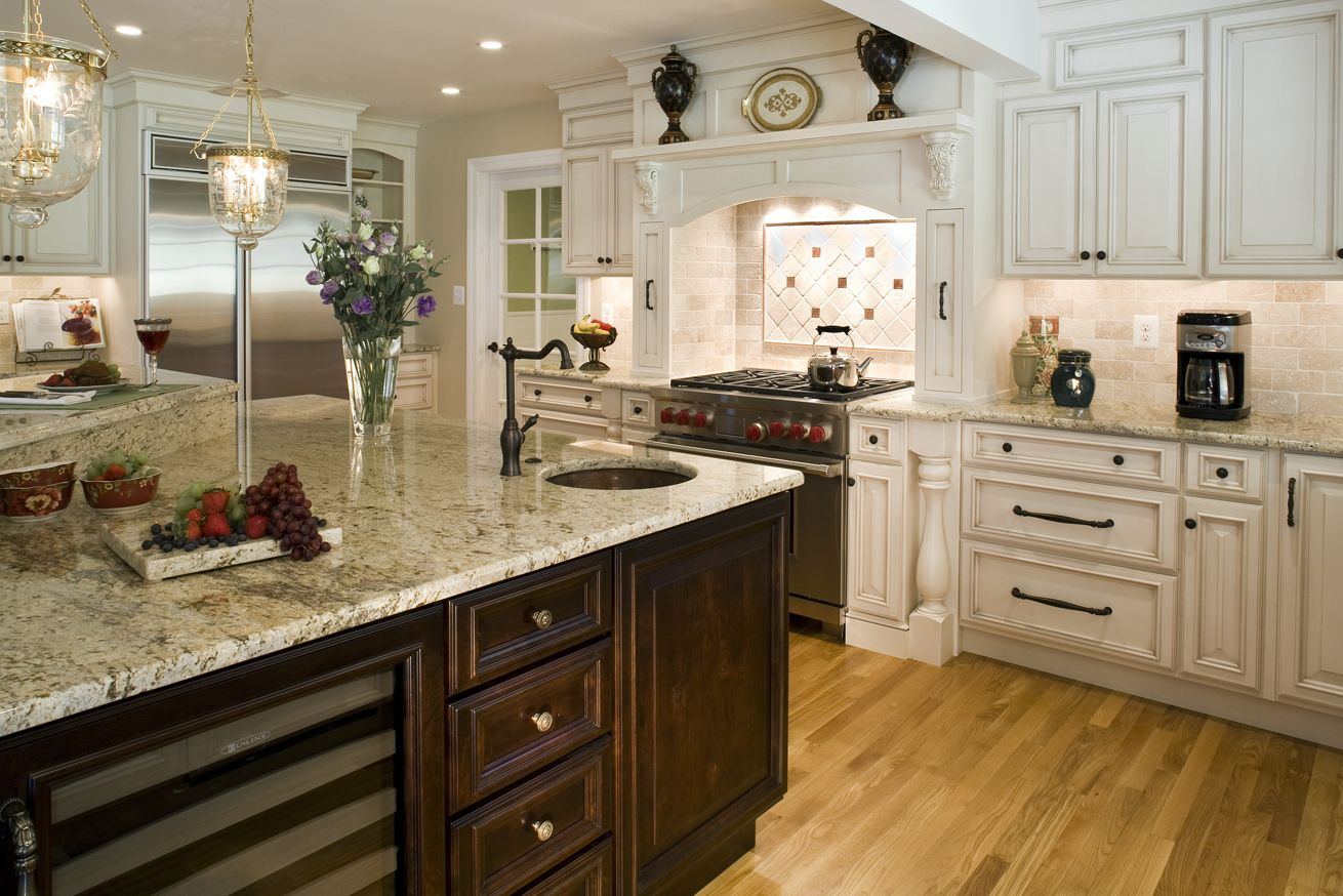 Delightful Love The Light Cabinet Color. Updates Kitchen Countertops 10 Things You  Must Fix In Your Home Today! Amazing Pictures