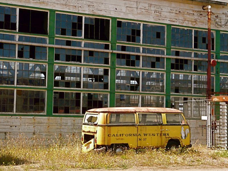 Rusting VW Bus | by judi berdis