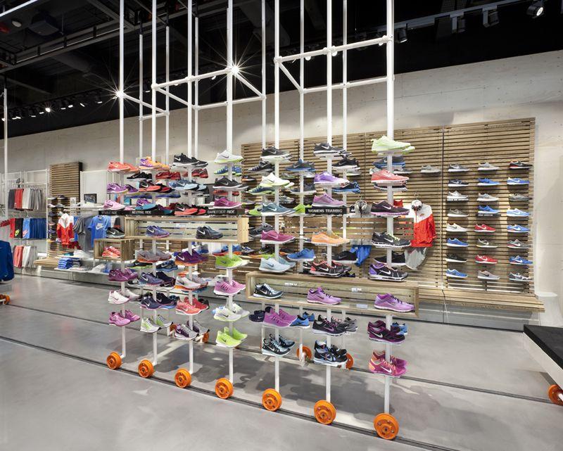 Nike flagship store London | bearandbunnybearandbunny