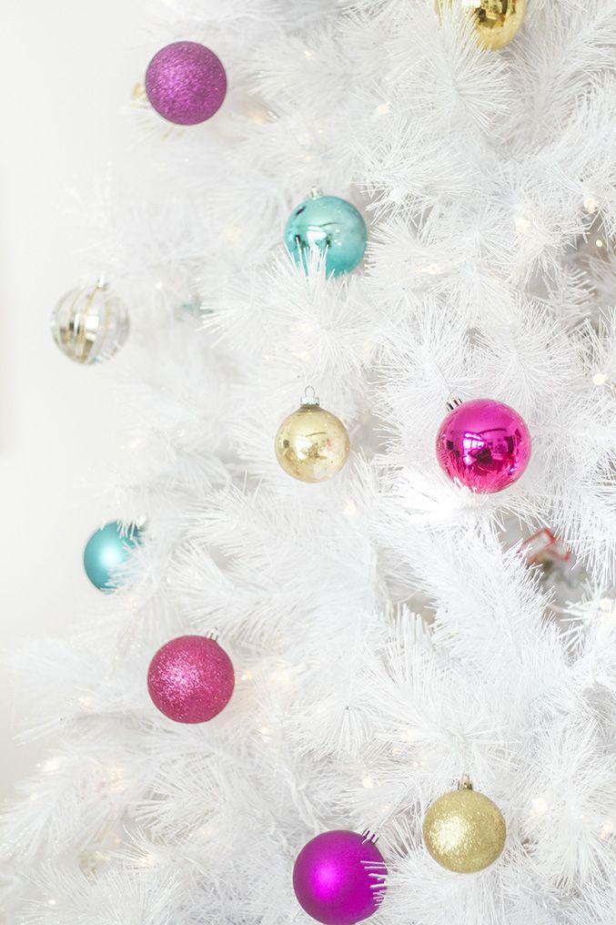 How To Style A Retro Mid-Century White Christmas Tree Dream Green