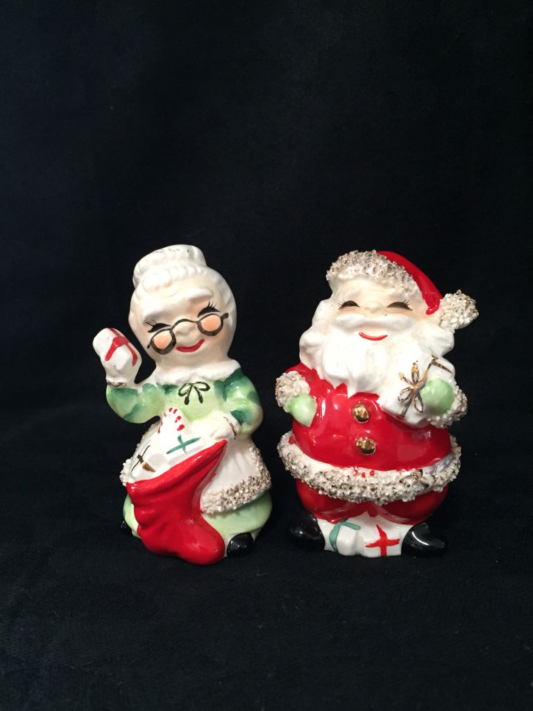 Vintage Santa and Mrs. Claus Christmas Salt and Pepper Shakers