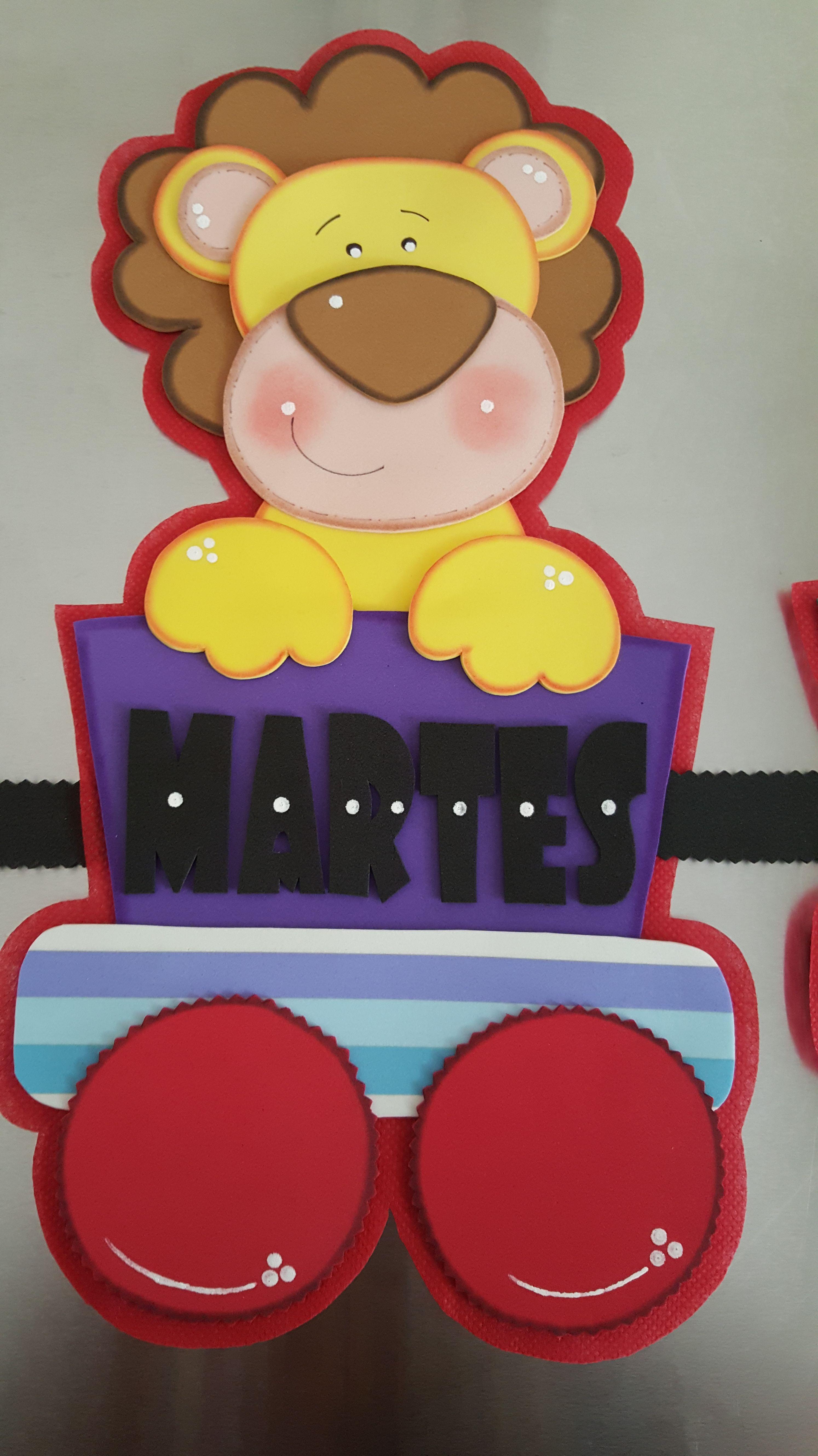 Días De La Semana Manualidades Escolares Decoraciones Escolares Decoración Aula De Preescolar