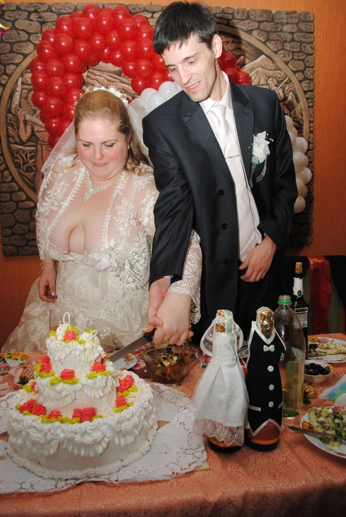 Worst Wedding Pictures Ever The Dress 3 Pics