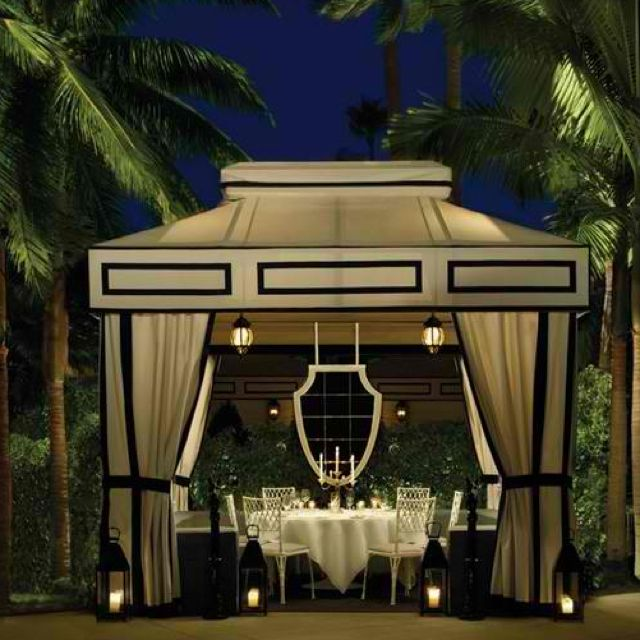 The Dining Room Santa Monica: Hollywood Regency.... This Tent Gives Me Ideas For